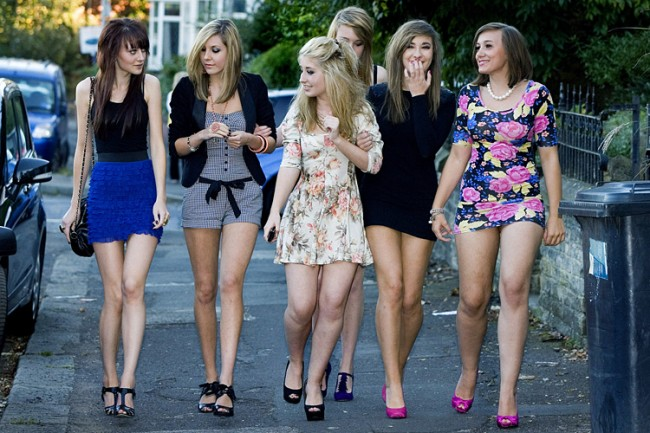 teenagers craze towards fashion in spoiling studies Essay on fashion among students students devote more time to fashions than to studies english movies may be beyond their comprehension but these have become.