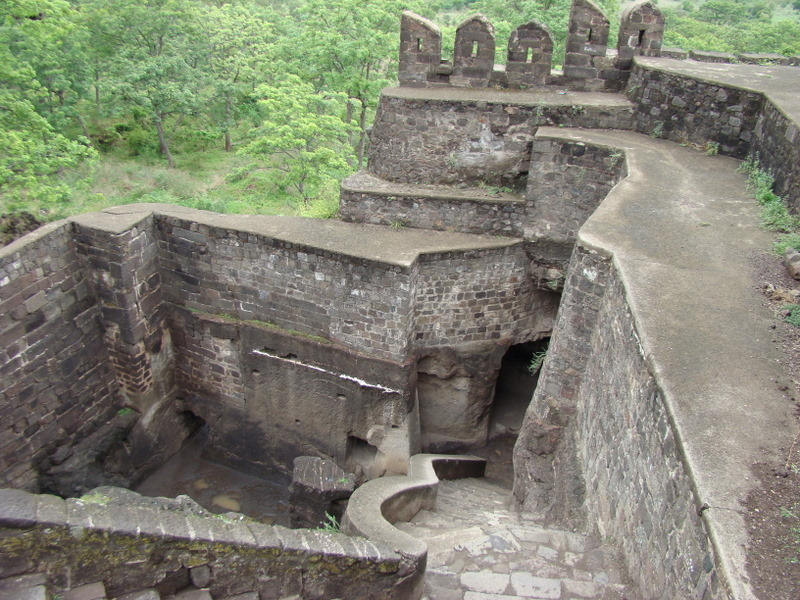The Oldest Forts in India – of Mythical Proportions