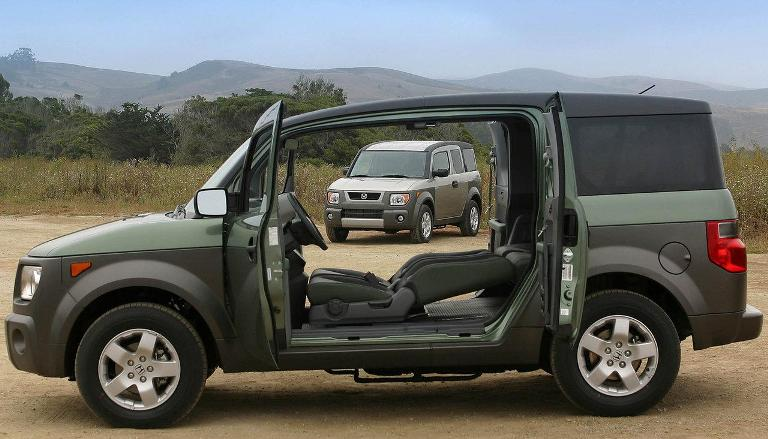 Honda-Element is among Best of the Dream Luxury Cars for Successful Entrepreneurs