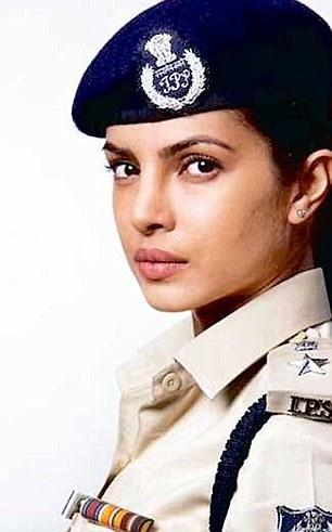 priyanka chopra gangajal 2 look