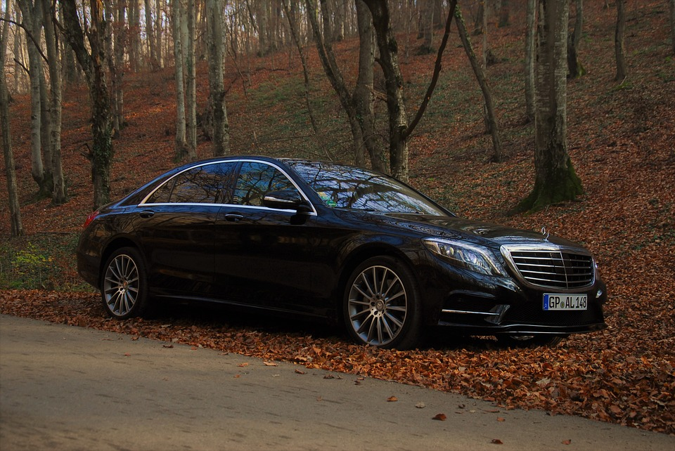 Mercedes-Benz S-Class Luxury Car is among Best of the Dream Cars for Successful Entrepreneurs