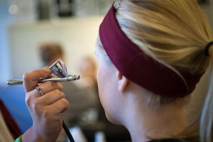 Is Airbrush Makeup Safe? Here's What You Need To Know About Airbrush Makeup