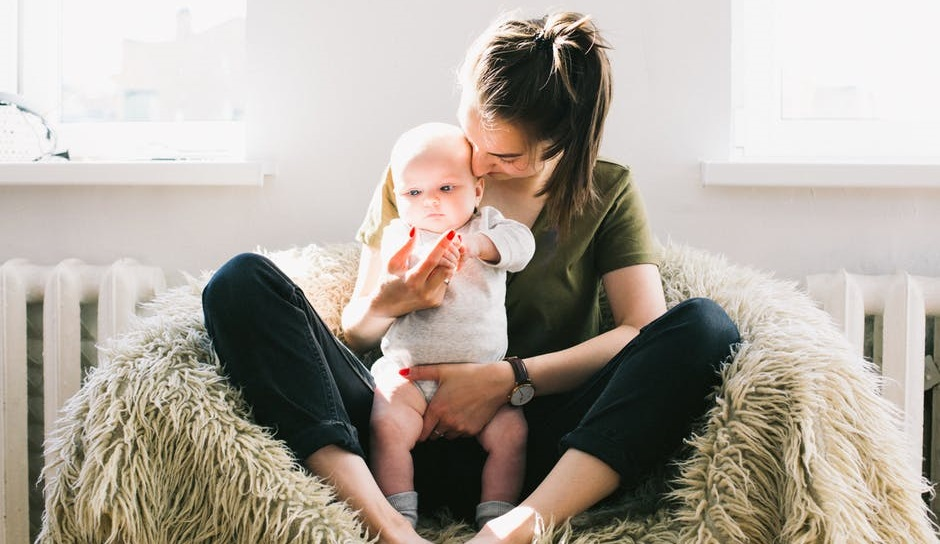 How to Handle the Stress of Being a New Mom