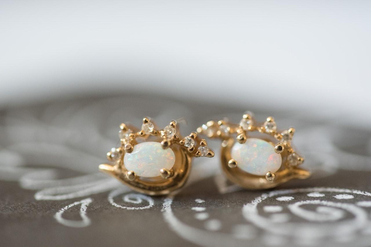 Some beautiful earrings design