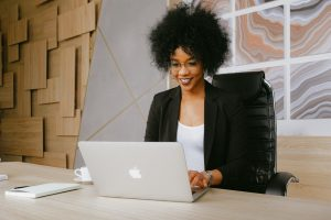 7 Ways to Make a Good First Impression in a Virtual Job Interview