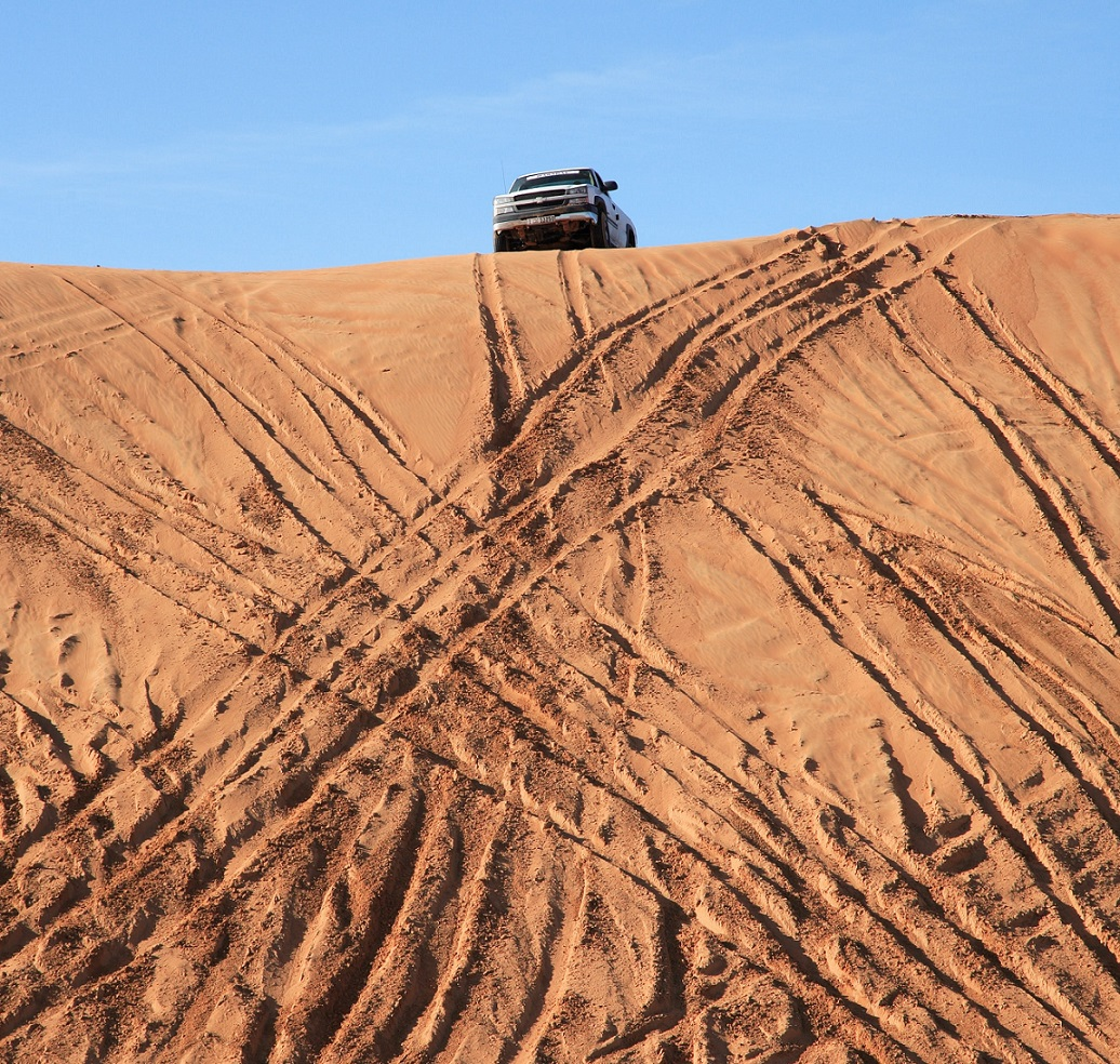 5 Experiences You Should Not Miss on Your Visit to Dubai - Dune bashing