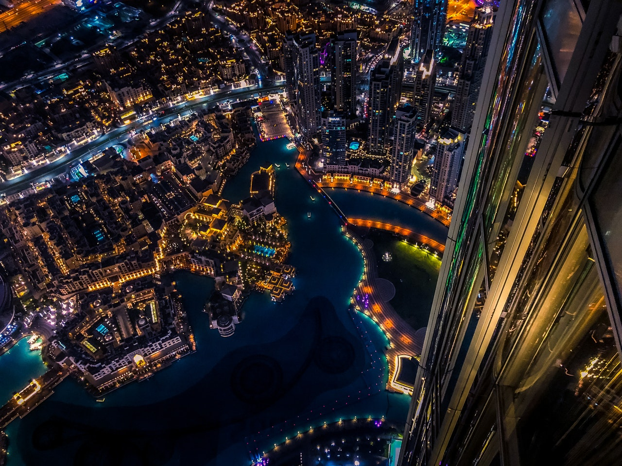 5 Experiences You Should Not Miss on Your Visit to Dubai - Burj Khalifa view