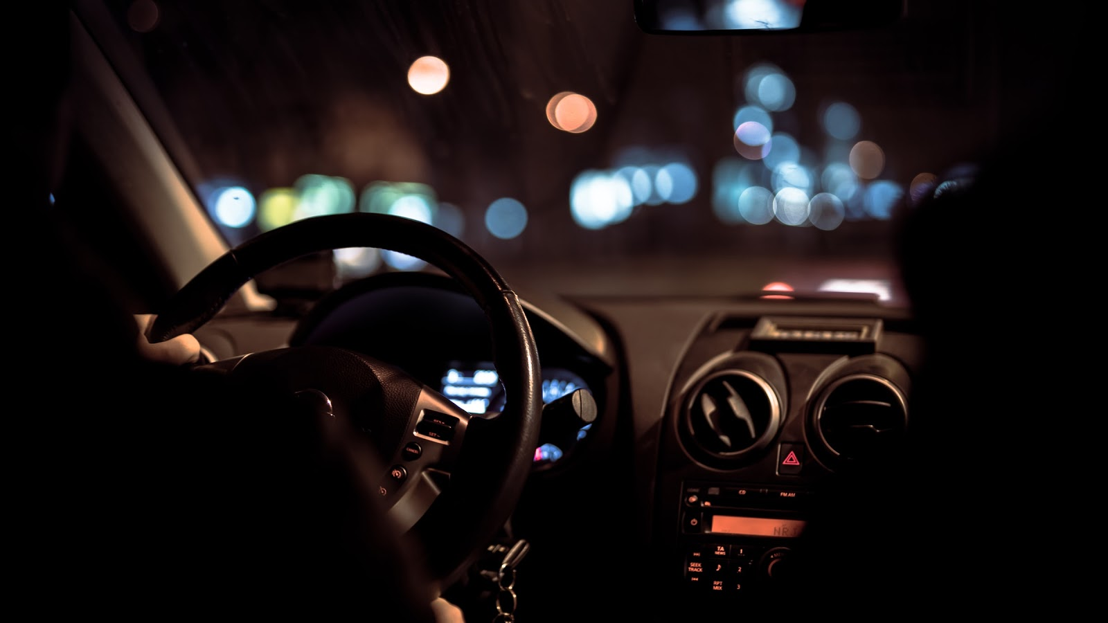 Night Shift – 5 Essential Safety Tips For Driving At Night