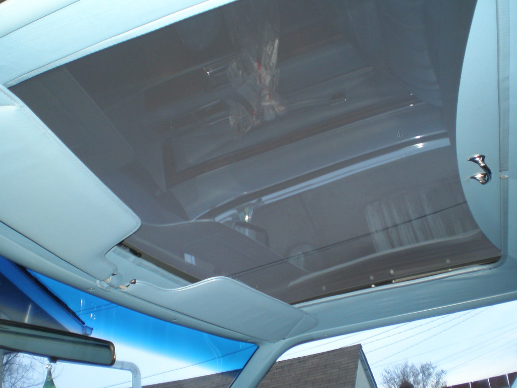 6 Benefits of Hiring Professional Car Roof Lining Repair