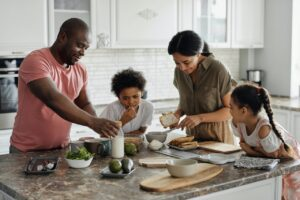 6 FAMILY-ORIENTED ACTIVITY IDEAS FOR THE WEEKEND